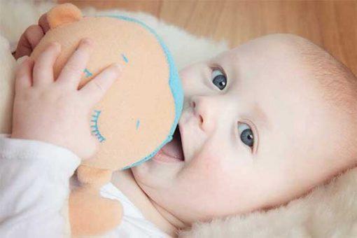Doorslapen Baby Lulla doll babyforest
